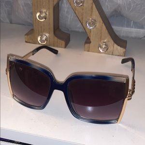 Royal Blue, Big square framed sunglasses